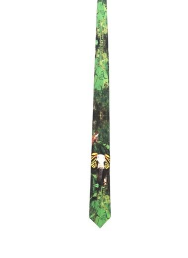 Kravat-Selin Küçüksöz